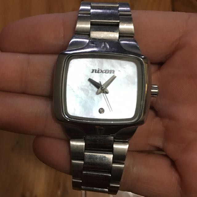 NIXON The Small Player Watch