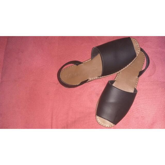 Sepatu Sendal Triblee