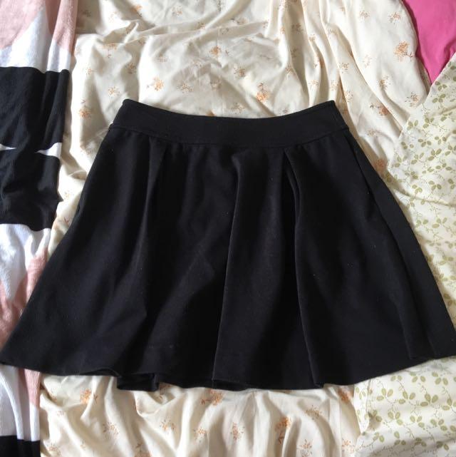 Simple Cute Black Skirt - Brand Esprit
