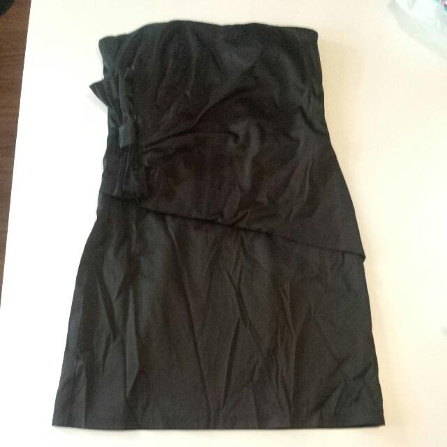 Size 10 SEXY BLACK SILK STRAPPLES DRESS NEW