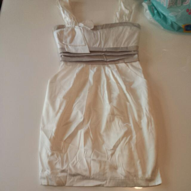 Size 8 Silk Short Dress Nwot