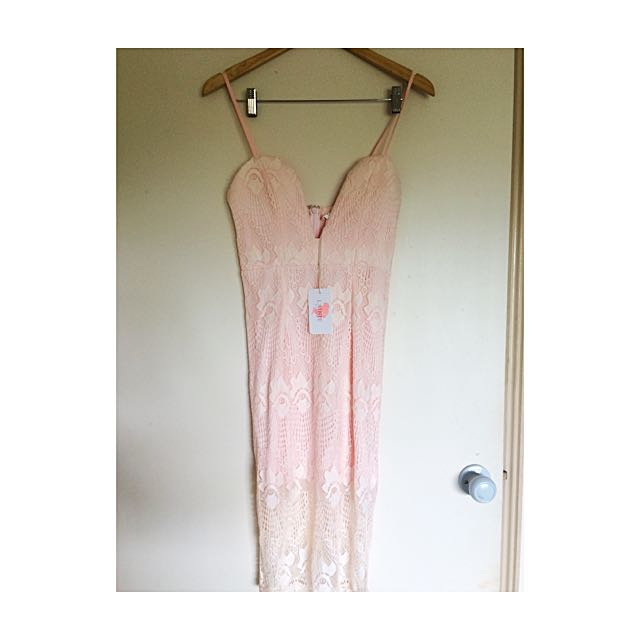 Size M AU Lace Dress
