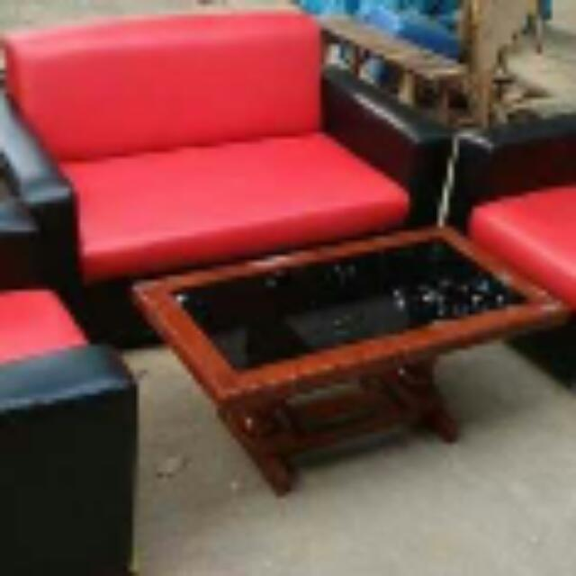 Sofa 1 Set Hitam Merah Minimalis Home Furniture On Carousell