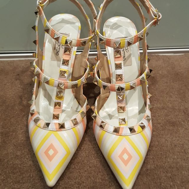 Repriced Valentino Multicolour Rockstud Size 38 New Never Wear