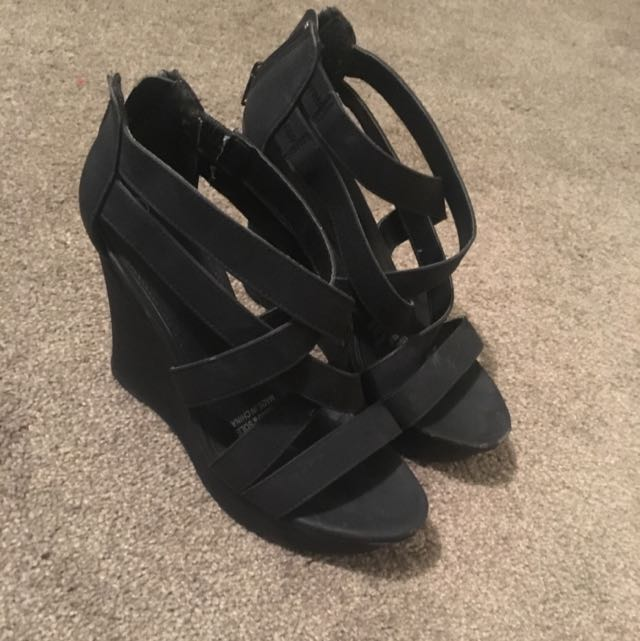 Wildfire Heels Size 6