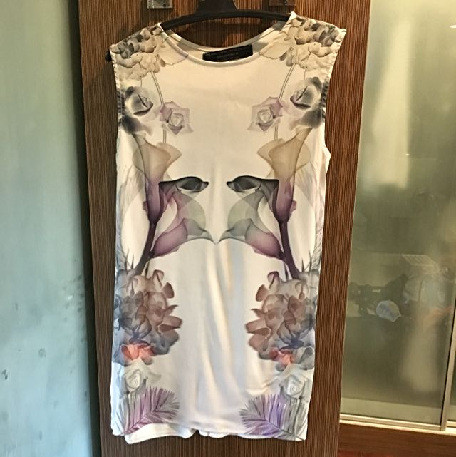Zara Tunic Sleeveless Blouse