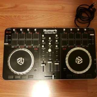 Numark Mixtrack Pro II