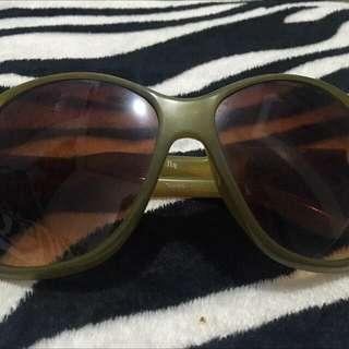 Army Green Sunglass 😎