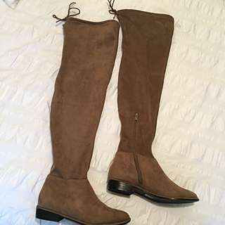 Over The Knee Suede Boots (taupe)