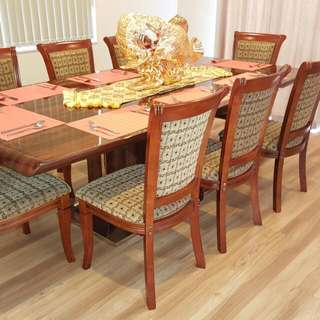 Elegant Dining Set With 8 Dining Chairs