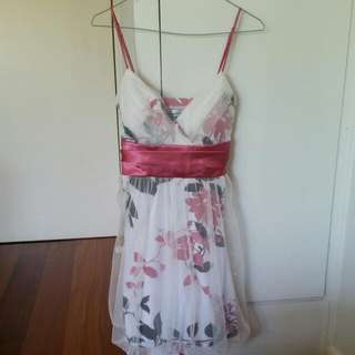 Stunning Dress, Size Medium (Fits Size 10), Never Worn