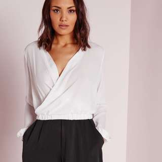 MISSGUIDED Wrap Crop Top