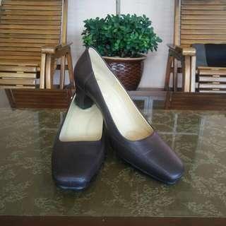Bonia Heels