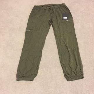 mossimo pants - Khaki size 14