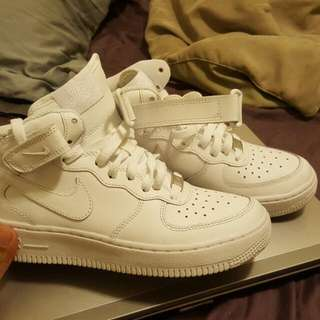 NIKE AIR FORCES 1 HIGH TOPS