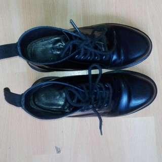 Dr.Martens Size 6 Blogger Boots