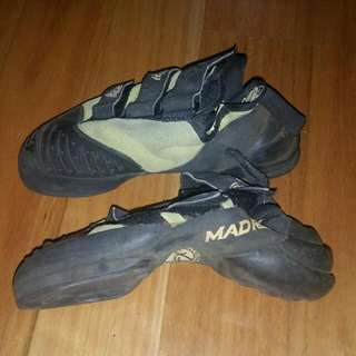 Mad Rock Hookers Size 35