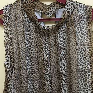 Pre-loved Sleeveless Leopard Print