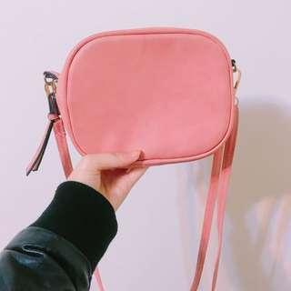 粉紅小包包💕