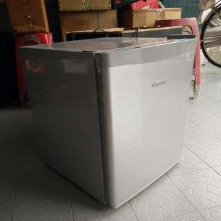 Hisense Mini Fridge #CNY50