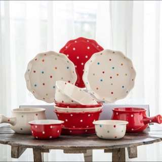 12 sets plates and tableware: Red and cream retro polka dots