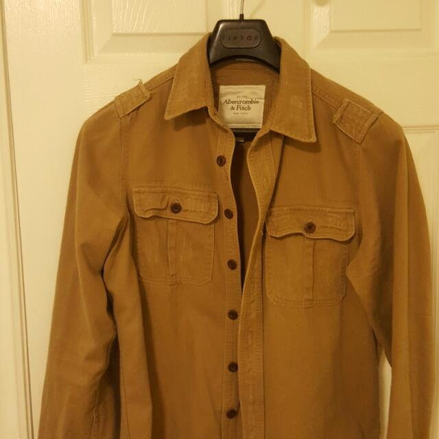 ABERCROMBIE AND FITCH KHAKI BUTTON UP JACKET