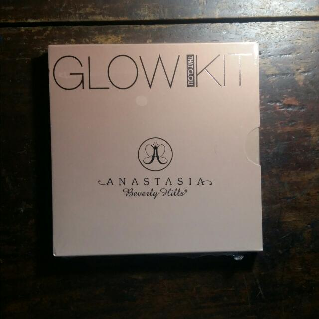 "Anastasia Beverly Hills Glow Kit ""That Glow"""