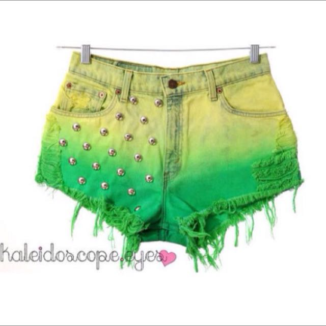 3d86bfb8926 Kaleidoscope Eyes Vintage KEV Dip Dye Ombre Green High Waist Frayed ...