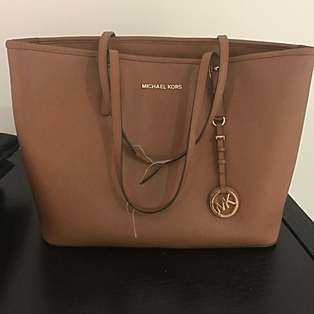Michael Kors Textured Leather Handbag -Tan, Women s Fashion, Bags ... 162e84997c