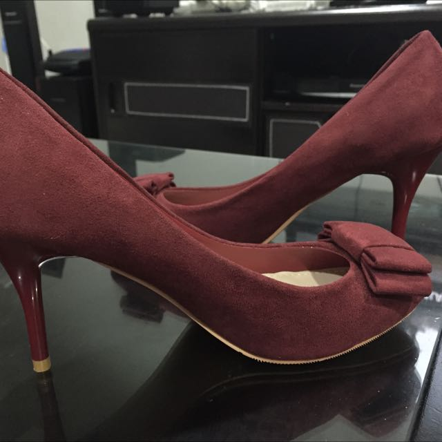 Red High heel Shoe Merk mitju