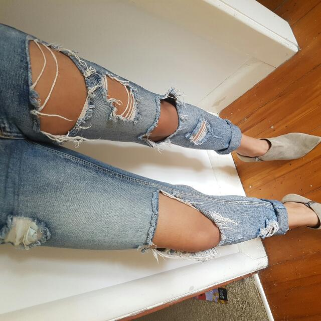 Ripped Jean's