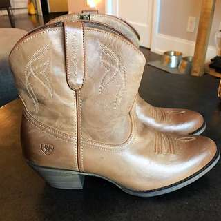 Ariat Darling Ankle Cowboy Boots