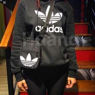 Adidas 三葉草 小包 掛頸包 包包 側背包