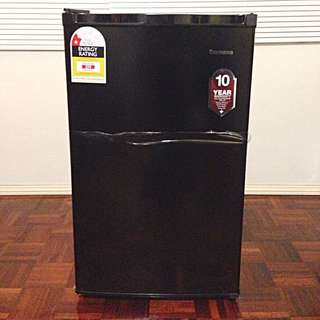 5-month Old Bar Fridge 117L