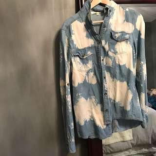 Forever 21 Bleached Jean Buttoned Up