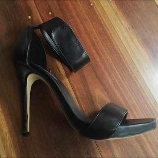 Black WINDSOR SMITH heels