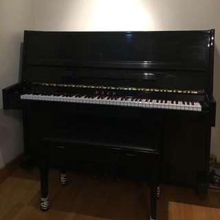 黑色鋼琴平售 Upright Black Piano For Sale