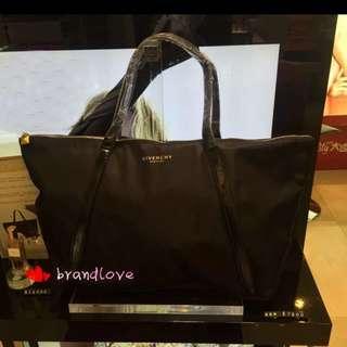 Givenchy shopping bag 063