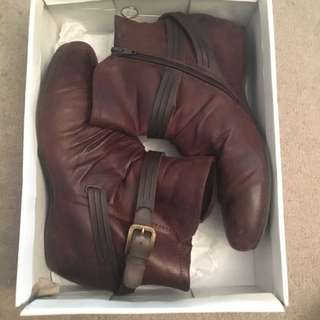 Brown Leather Boots Size 37-38