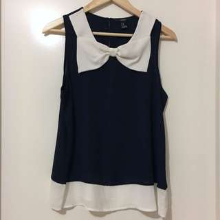 FOREVER 21 Cute Navy Top