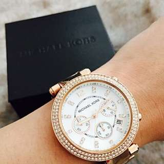 MICHAEL KORS • Rose Gold Watch