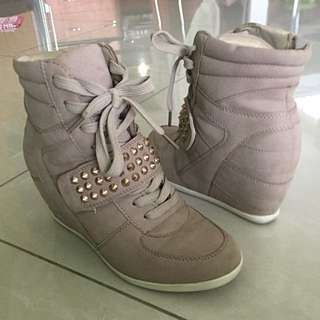 Shubar High Heel Sneakers Size 36