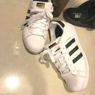 金標 Adidas