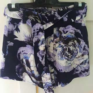 Finders Keepers Shorts xs