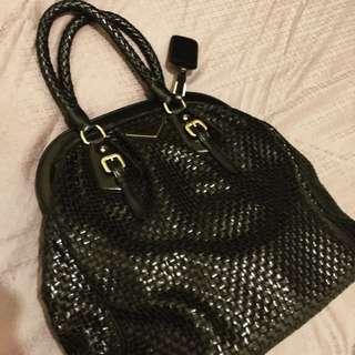 Prada 黑色織皮手袋