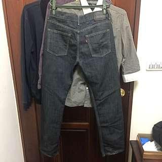 🚚 Levi's 514 牛仔褲