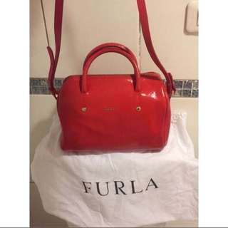 Furla 🇮🇹防刮皮革肩背 speedy 波士頓包 水桶包 正紅色