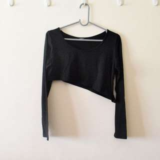 Black Long Sleeves Slanted Crop Top