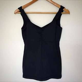 LULULEMON Sz 2 (Aus 6) Black Athletic Wear Top Inbuild Bra