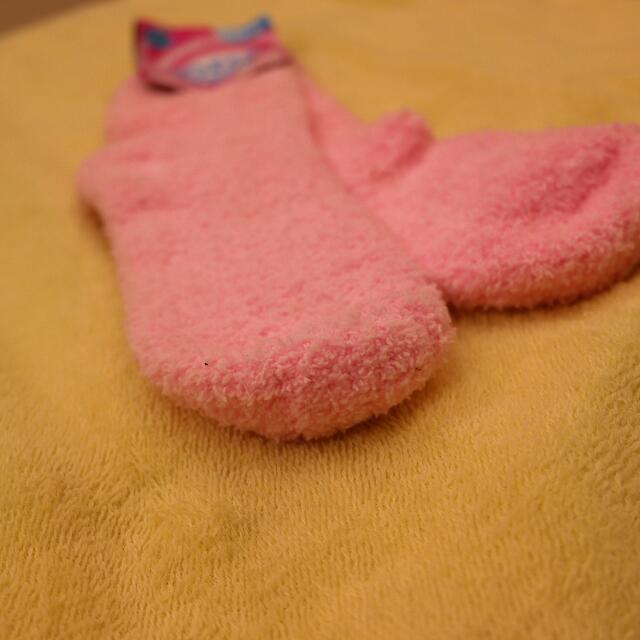 襪子24公分😂原價35賣15,我是佛心來的